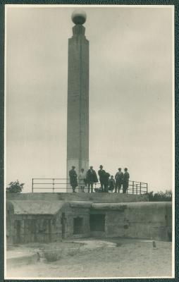 Pomnik w Brzeźnie 03